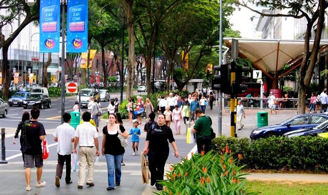 Wisata Belanja di Orchard Road Singapura