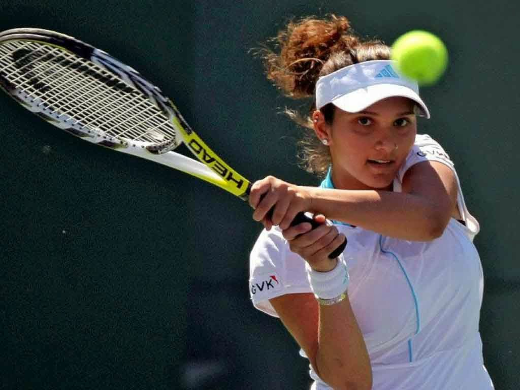 Top 10 Hottest Female Tennis Players - Thehiveasia-4116