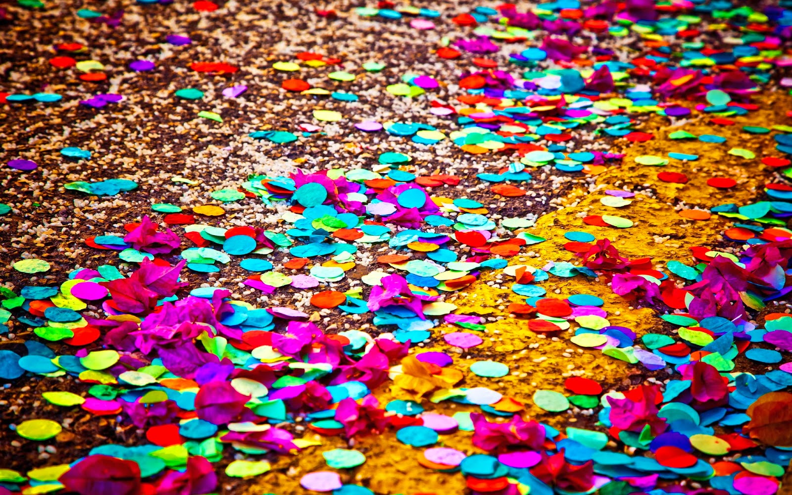http://sciencelakes.com/ct/8865553-colored-confetti.html