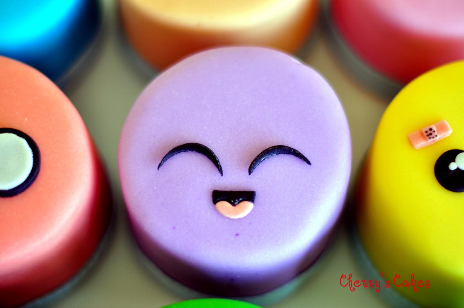 Cherry S Cakes 9 Kawaii Faces Mini Cakes