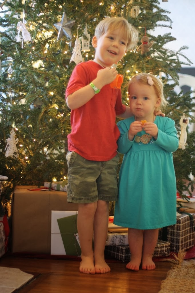 A Barefoot Day: Kid Christmas Party