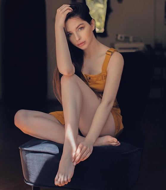 Victoria Cwynar Photos