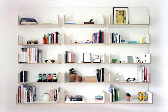 rak buku dinding minimalis