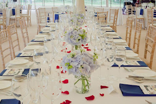 Floral displays, weddings, tables