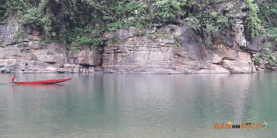 Umngot-River-Dwaki