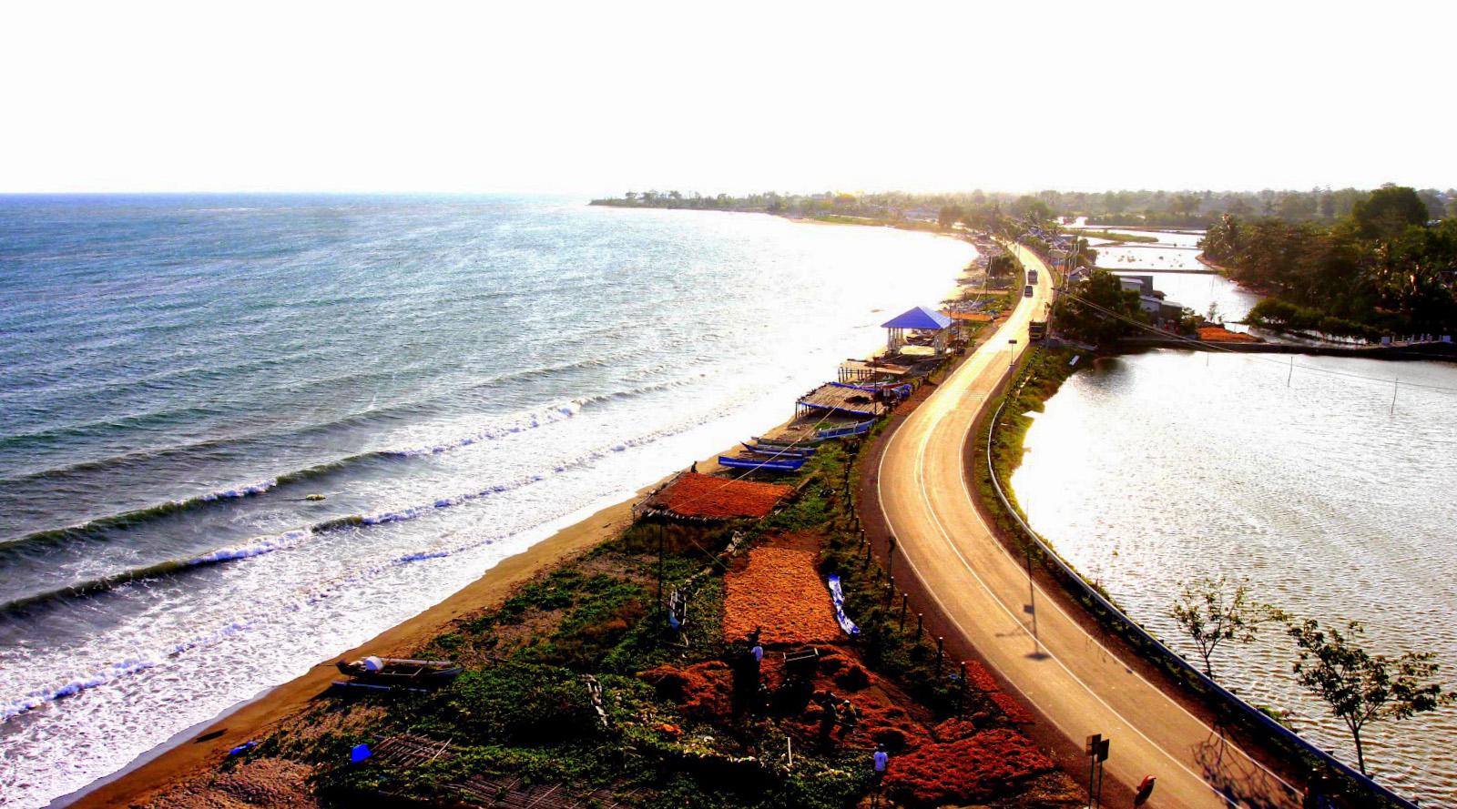 pantai tanjung makassar marina wisata indonesia cantik dan manis
