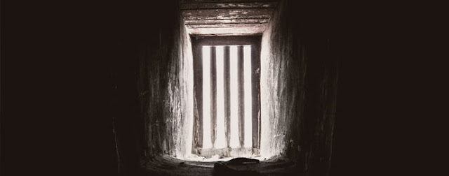 Header-joy-in-a-prison-cell