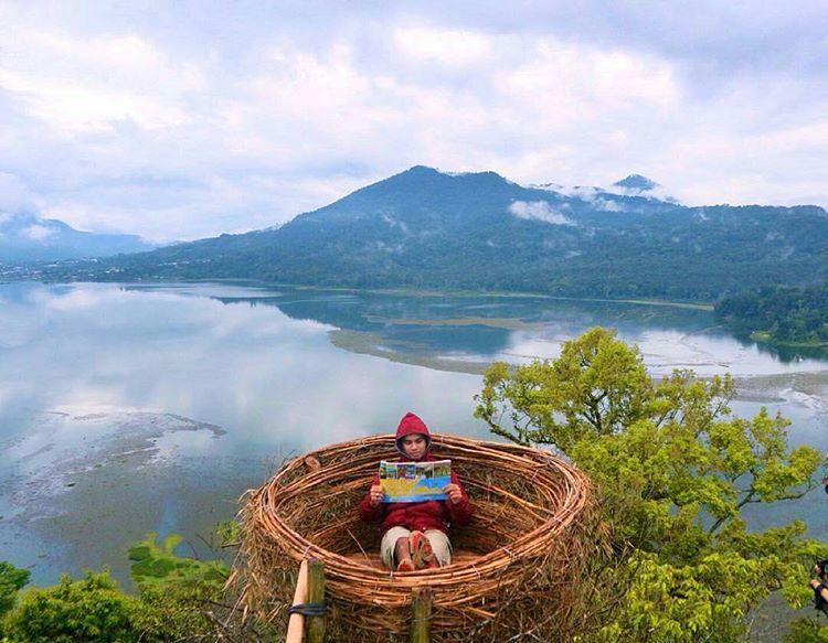 Hunting Instagramable Photos At Wanagiri Hidden Hills Bali