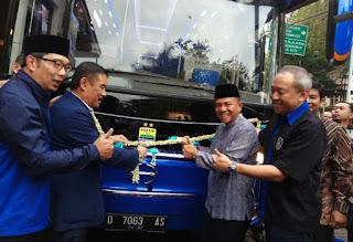 Sambutan Wali Kota Ridwan kamil dalam peresmian bus terbaru dari persib bandung