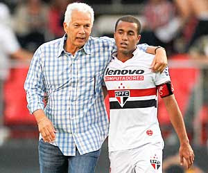 Resultado de imagem para São Paulo 3 x 2 Santos - 2012