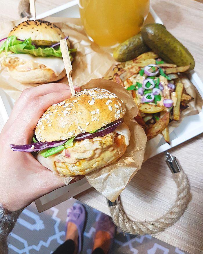 cuisine, recette cuisine, hamburger maison, burger fait maison, astuces de cuisine, conseils,réussir son burger, streetfood, recipe, sauce burger maison, sauce burger facile, sauce giant maison, fashiofood, blogger