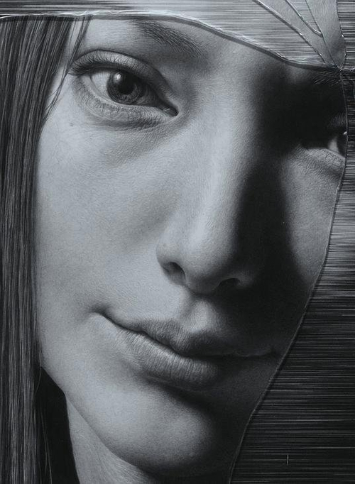 10-The-Cracked-Portrait-Pencil-Drawing-and-Glass-www-designstack-co