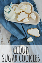 cloud sugar cookies with royal icing rezept