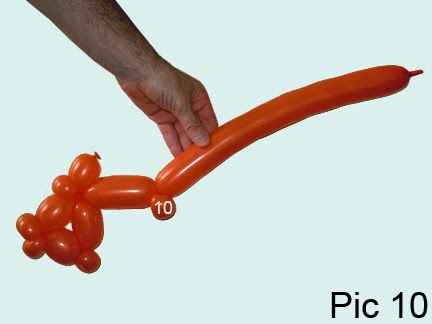how to make a balloon animal fish