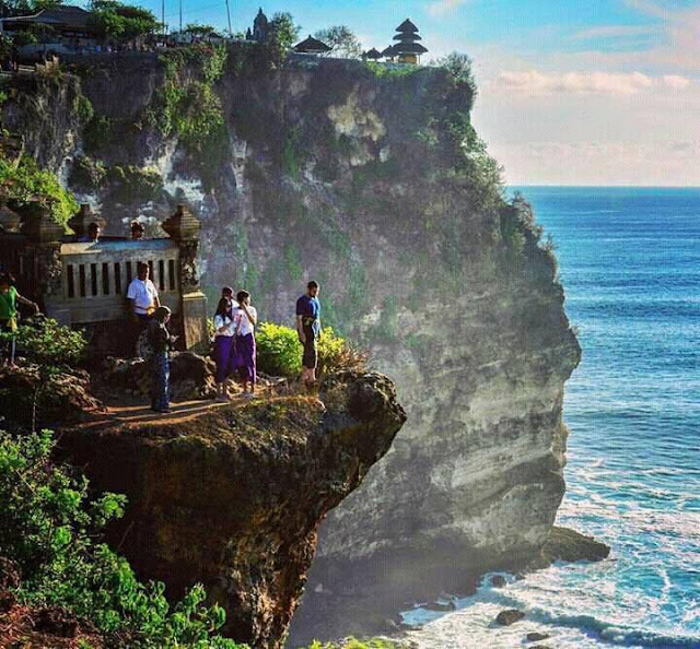 Woow stunning sunset at Uluwatu, Bali,things to do in bali,bali destinations guide map for couples families to visit,bali honeymoon destinations,bali tourist destinations,bali indonesia destinations,bali honeymoon packages 2016 resorts destination images review,bali honeymoon packages all inclusive from india,bali travel destinations,bali tourist destination information map,bali tourist attractions top 10 map kuta seminyak pictures,bali attractions map top 10 blog kuta for families prices ubud,bali ubud places to stay visit see