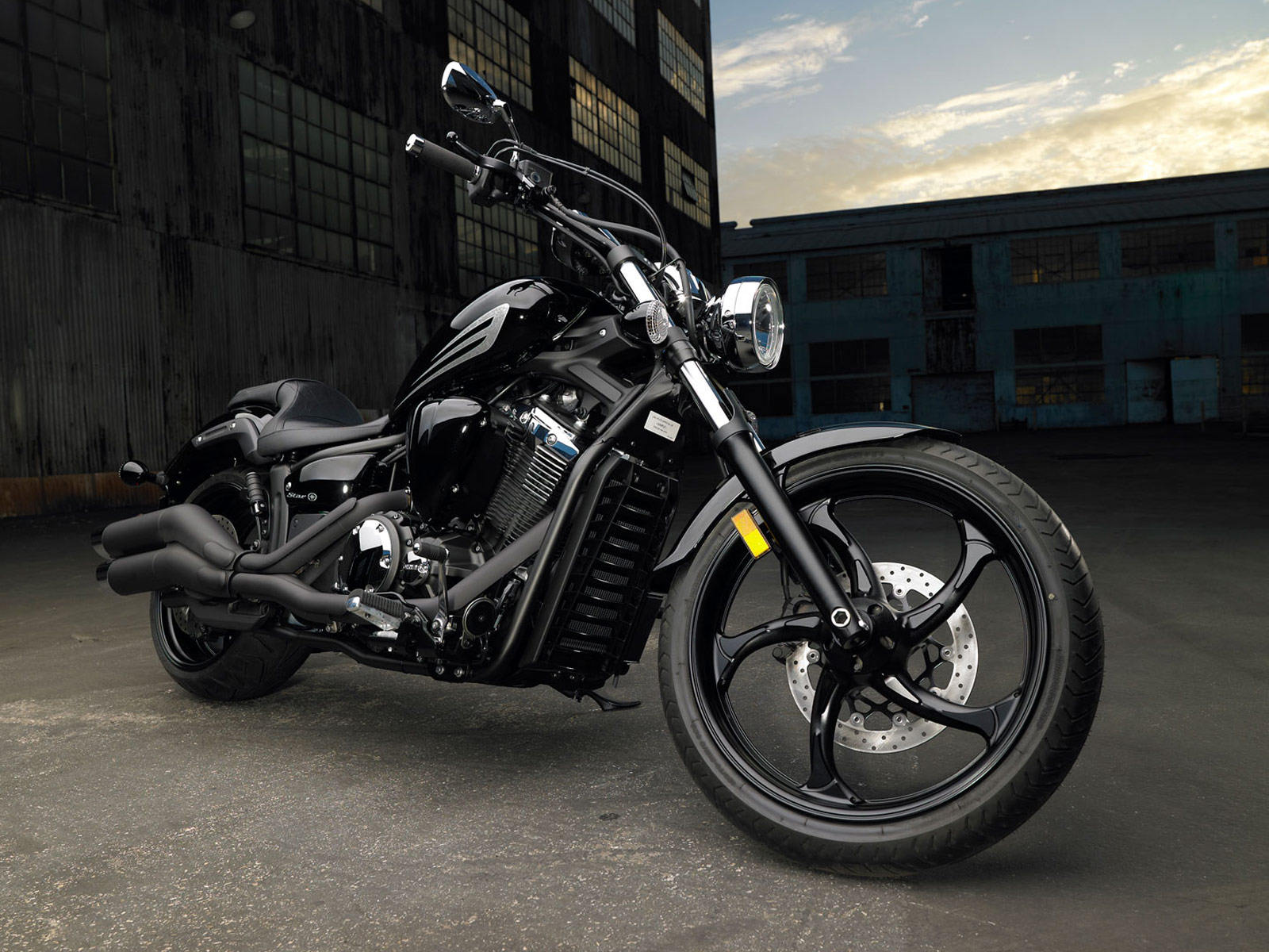 Yamaha Pictures Stryker Review And Specifications