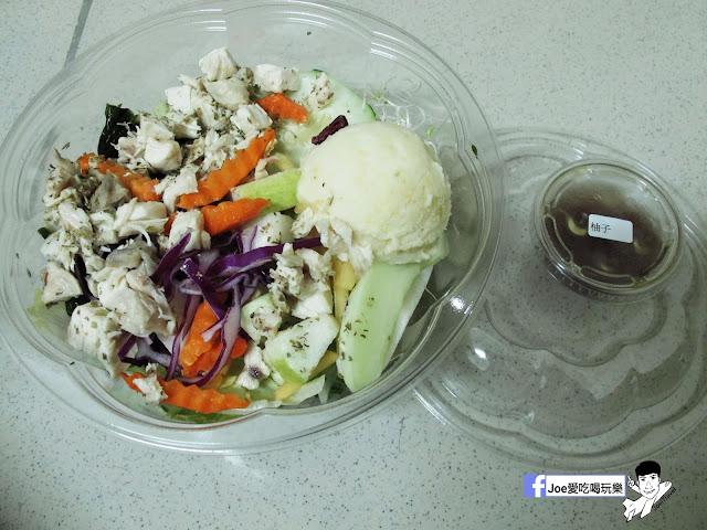 IMG 2818 - 【台中美食】不只是沙拉 ,咖哩 、 沙拉、 輕食專賣店,外食新主意, 均衡營養的沙拉配菜,運動完之後的首選輕食