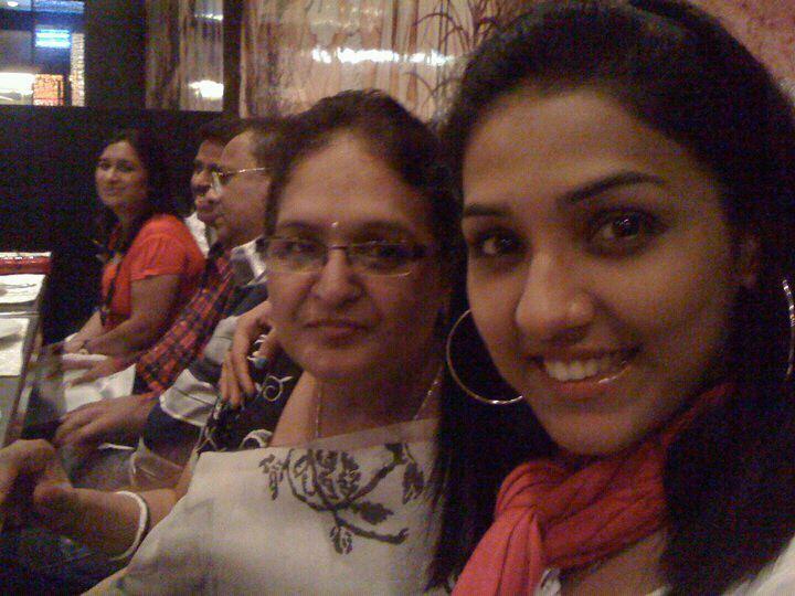 Singer Neeti Mohan Family Pics