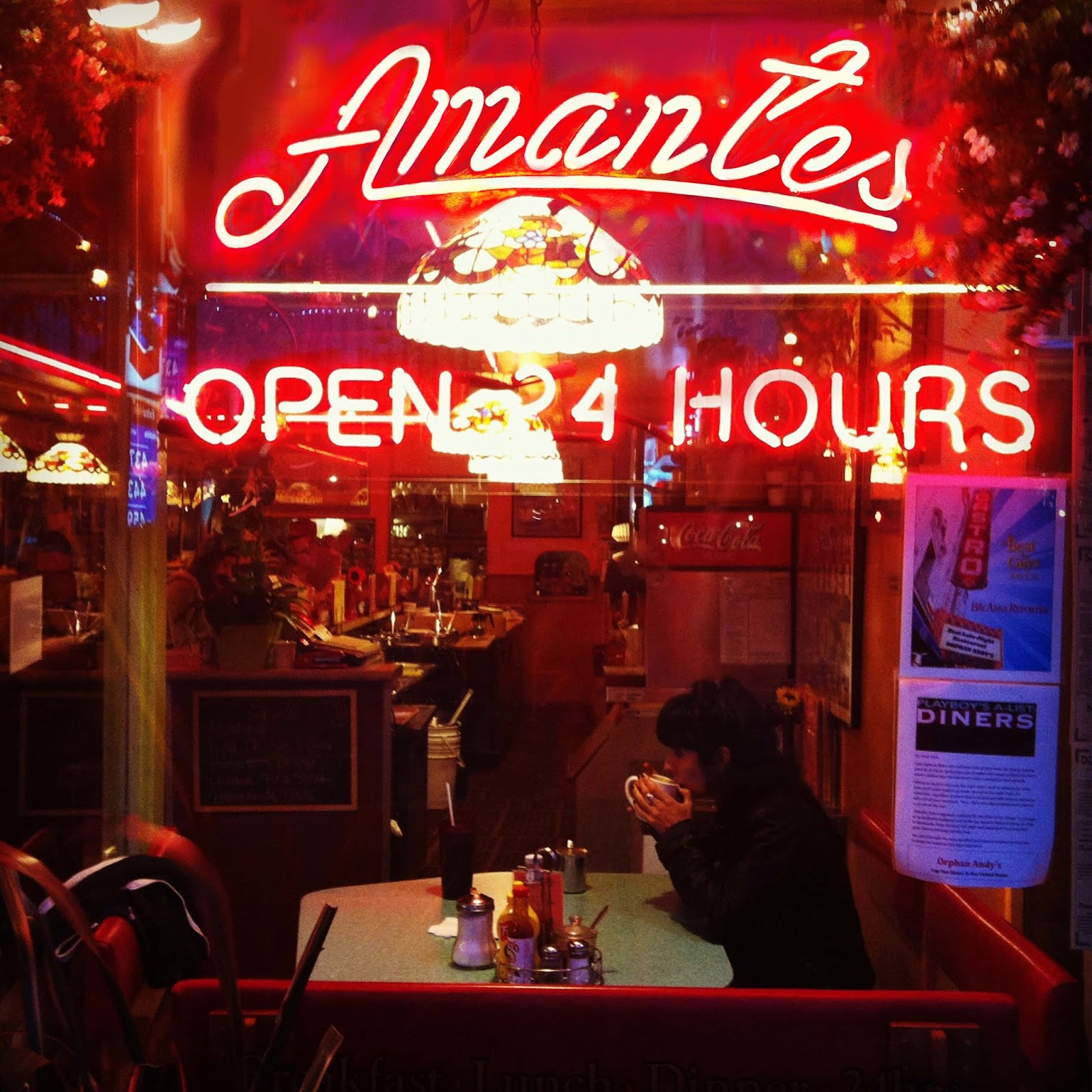 Los Amantes OPEN 24 HOURS