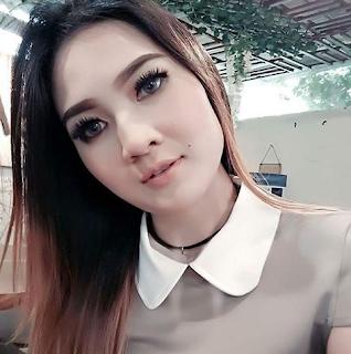 Merupakan seorang artis dangdut koplo asal Indonesia Profil Biodata Nella Kharisma Lengkap Terbaru