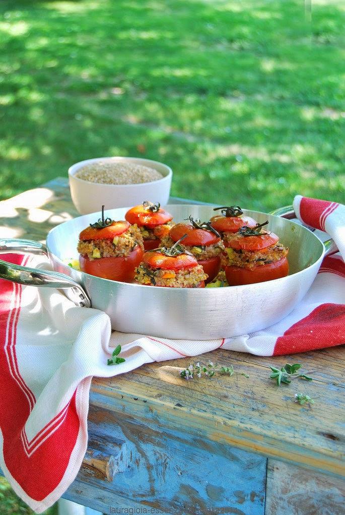 pomodori ripieni di farro spezzato