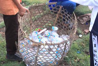 Sebagian hasil aksi bersih pantai dari sampah plastik