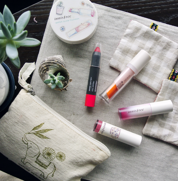 Korean Makeup Lip Products Review: Oil Tint and Lipstick Mix, The Saem Tint in Oil, Innisfree Treatment Lip Tint, Mamonde Creamy Tint Intense, Innisfree Real Fit Lipstick