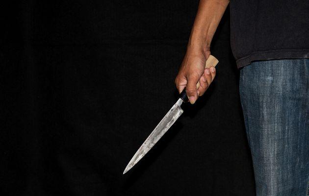 Συλληψη Ρουμάνου στο Ναύπλιο με μαχαίρι