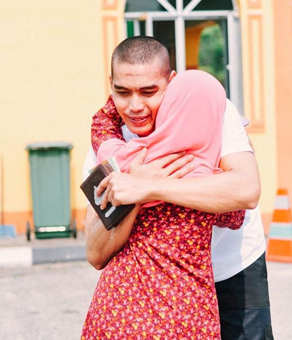 Luahan Sayu Seorang Adik Ketika Menyambut 'Kepulangan' Abangnya Yang Sangat Meruntun Jiwa... SEBAK!