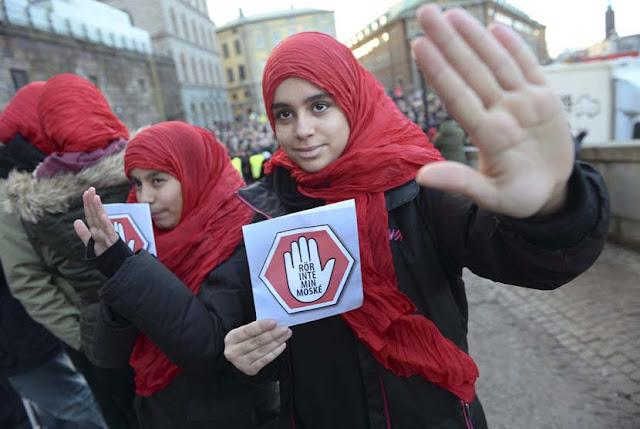 Muslim Swedia Jadi Sasaran Kejahatan Kebencian di Internet