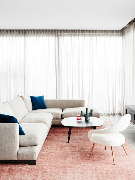 Living room | Hampton Penthouse. Interior design by Huntly, photo by Brooke Holm