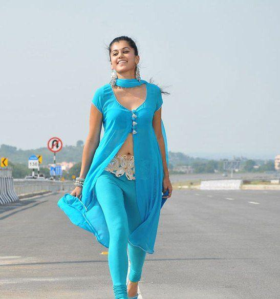 LATEST MOVIE MASALA: Tapsee Hot Navel Show From Mogudu Movie