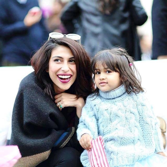 Meesha Shafi with her daughter