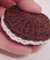 http://translate.google.es/translate?hl=es&sl=en&tl=es&u=http%3A%2F%2Fwww.thriftyfun.com%2FCrochet-Oreo-Cookies-1.html