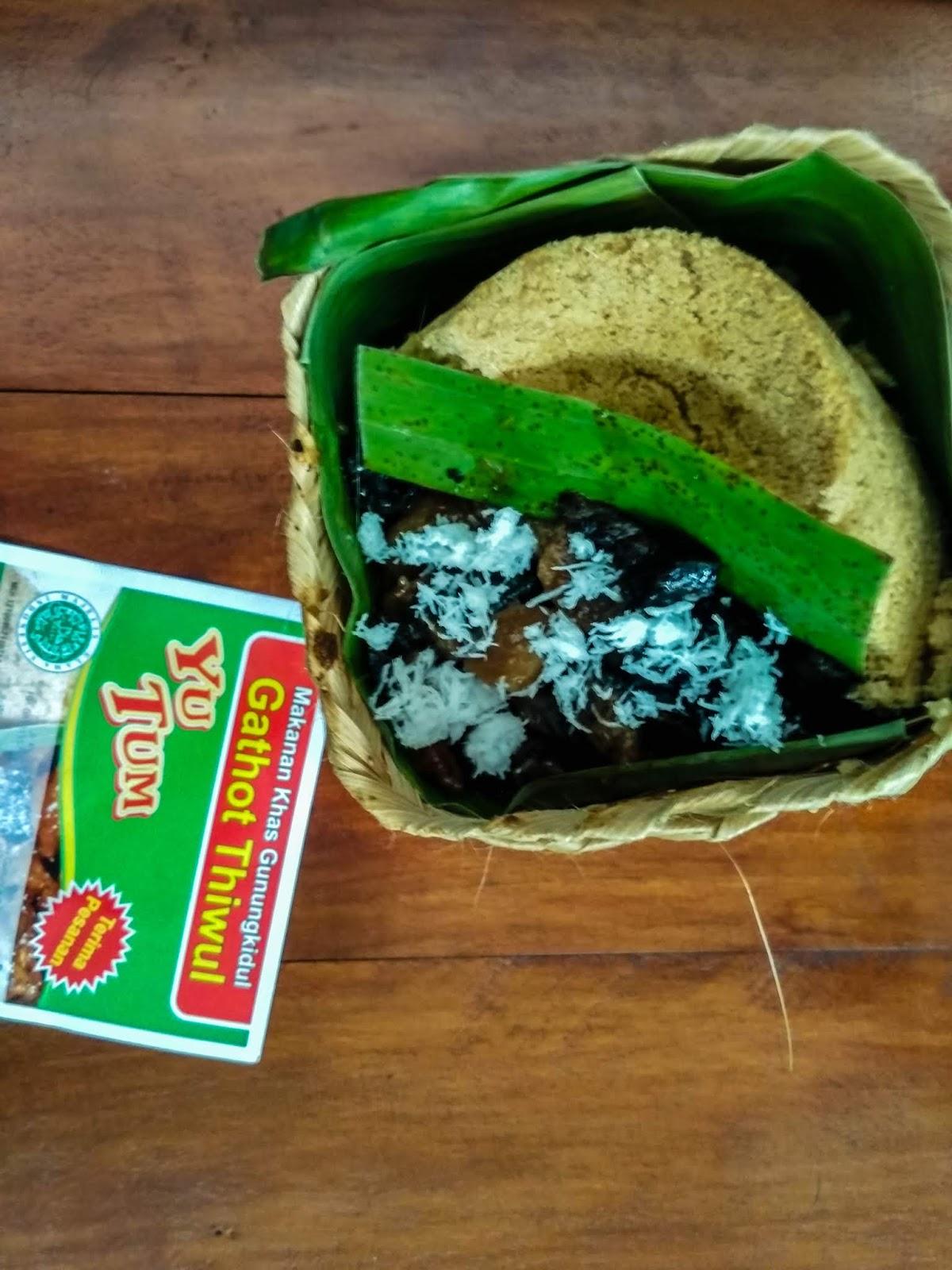 Gathot Thiwul Yu Tum Menjual Kuliner Khas Gunungkidul