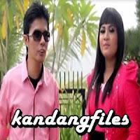 Lirik dan Terjemahan Lagu Boy Shandy & Cici Wianora - Kiambang Batauik