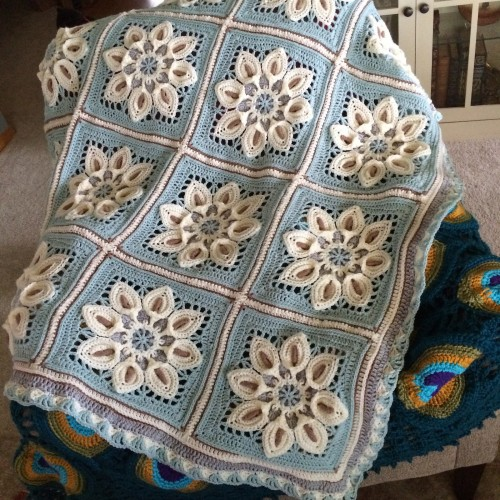 Peace Lily Blanket - Free Pattern
