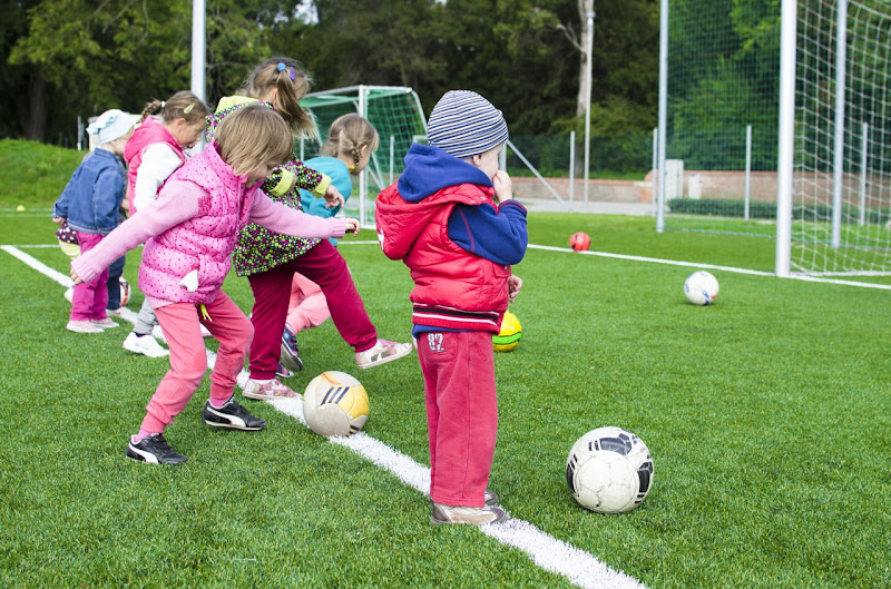 Experts point to major benefits of sports in children's lives