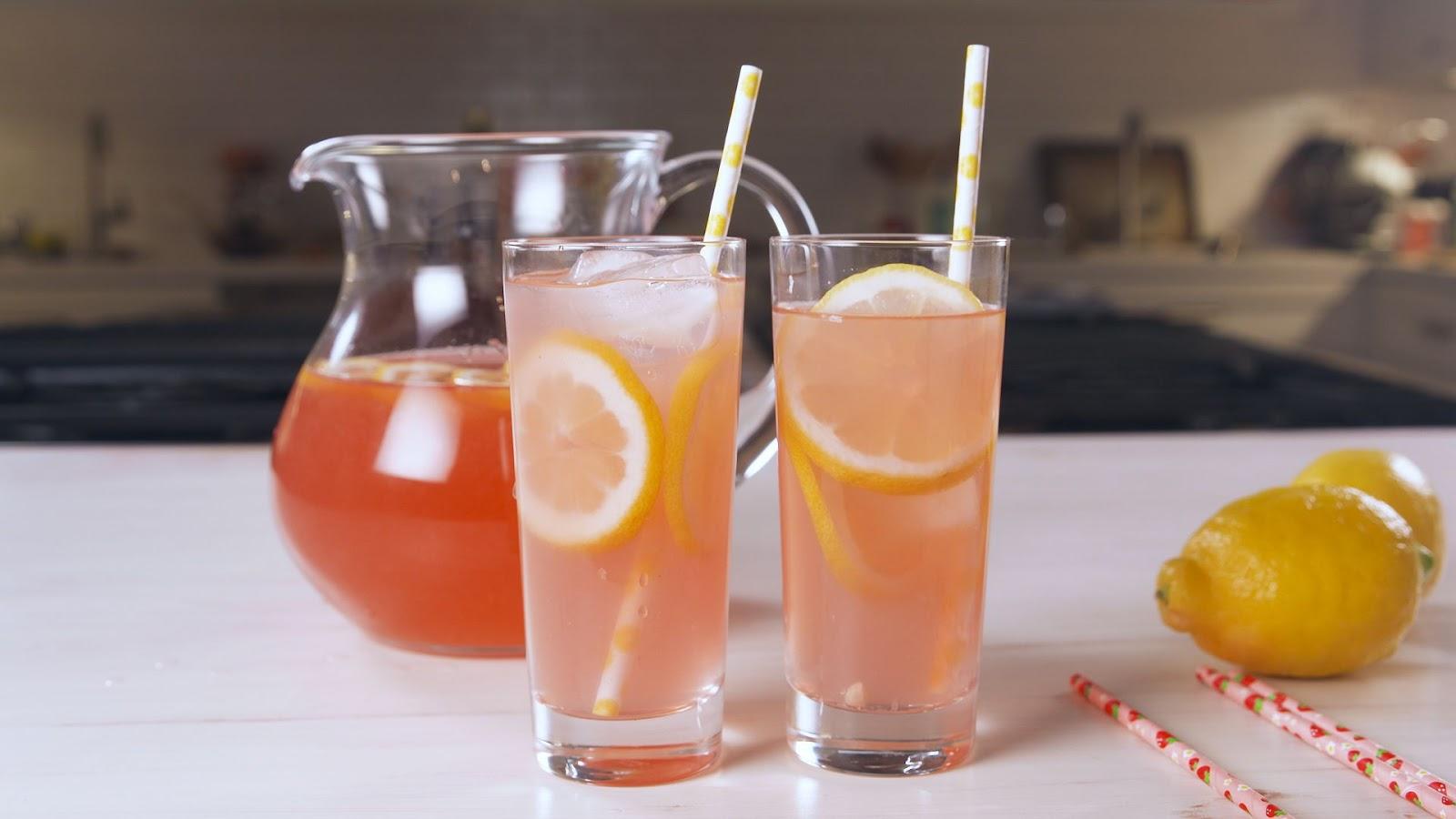 Moscato Lemonade - food-drink-recipes.com