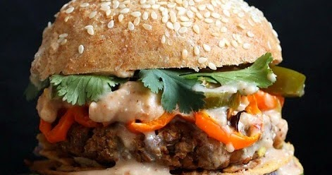 28 Best Burger Toppings to Add Sizzle to Your BBQ | 100 ...