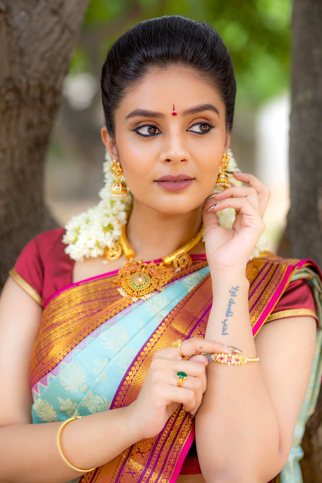 Bollywood Actress Sreemukhi HotPhotos MakeUp BeautyTips Fashion WallPapers Biography Wikipedia MoviesList VideoSongs Photoshoots