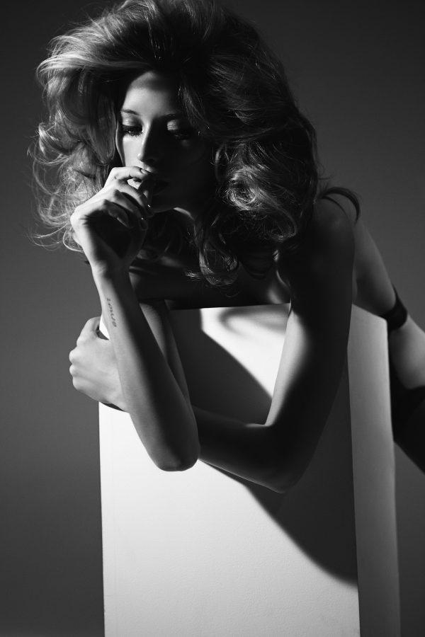 Top Hot Model Flavia Lucini by Leonardo Corredor