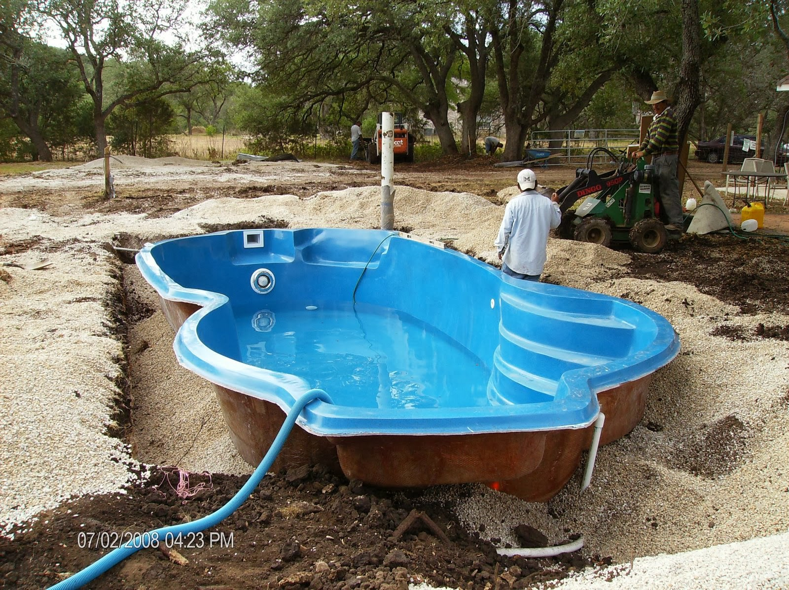 Now Let S Look At The One Piece Fibergl In Ground Pool My Opinion These Have Some Major Drawbacks First They Are Made From Molds And