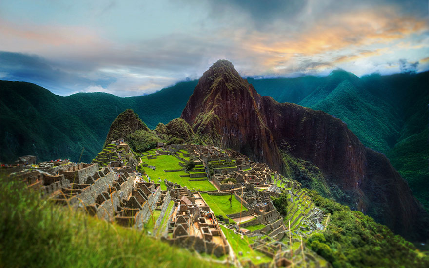 Travel Expectations Vs Reality (20+ Pics) - Admiring The Breathtaking Machu Picchu Scenery, Peru