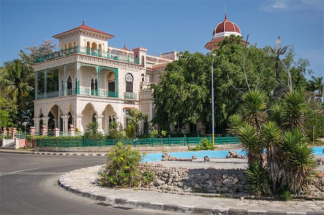 Le Palacio de Valle