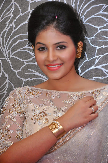 Anjali Biography and Wiki and Biodata