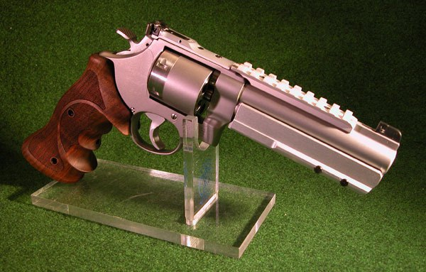 Smith and Wesson Model 627