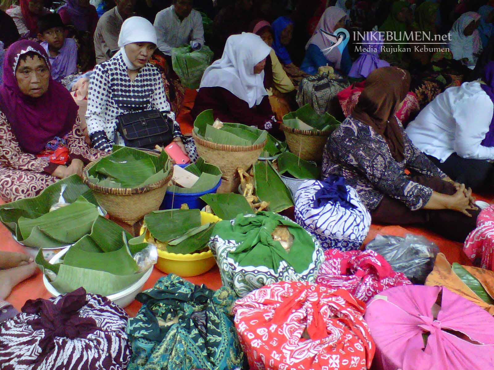 Ribuan Ingkung Bakal Meriahkan Haul Syekh Ibrahim Asmorokondi