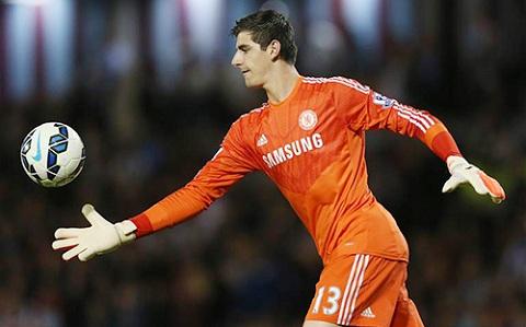 Courtois đang chơi rất xuất sắc trong màu áo Chelsea