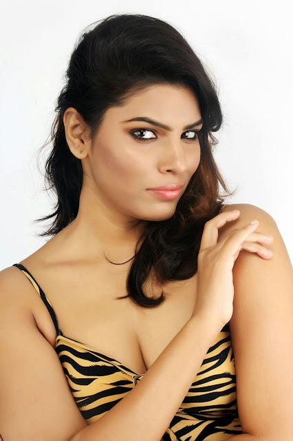 Actress Shruti Jhala